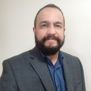 Ricardo Lopez Headshot